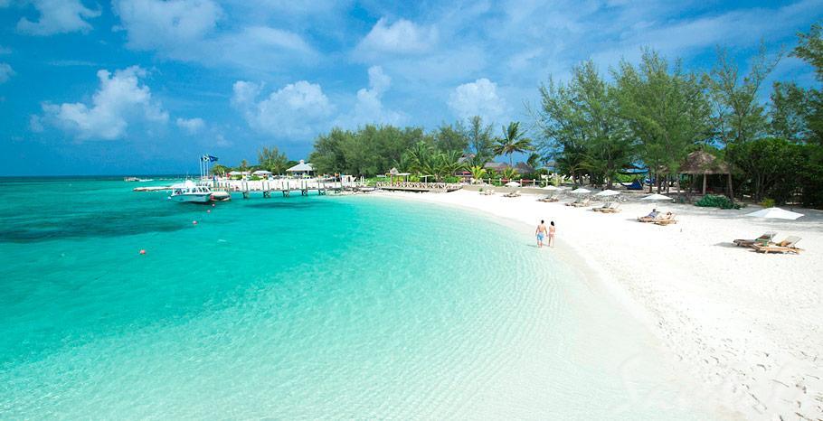 Sandals Royal Bahamian Private Island Beach