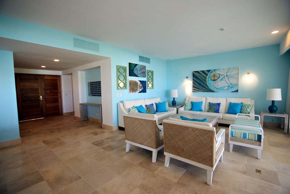 The suites have cheery, tropical decor