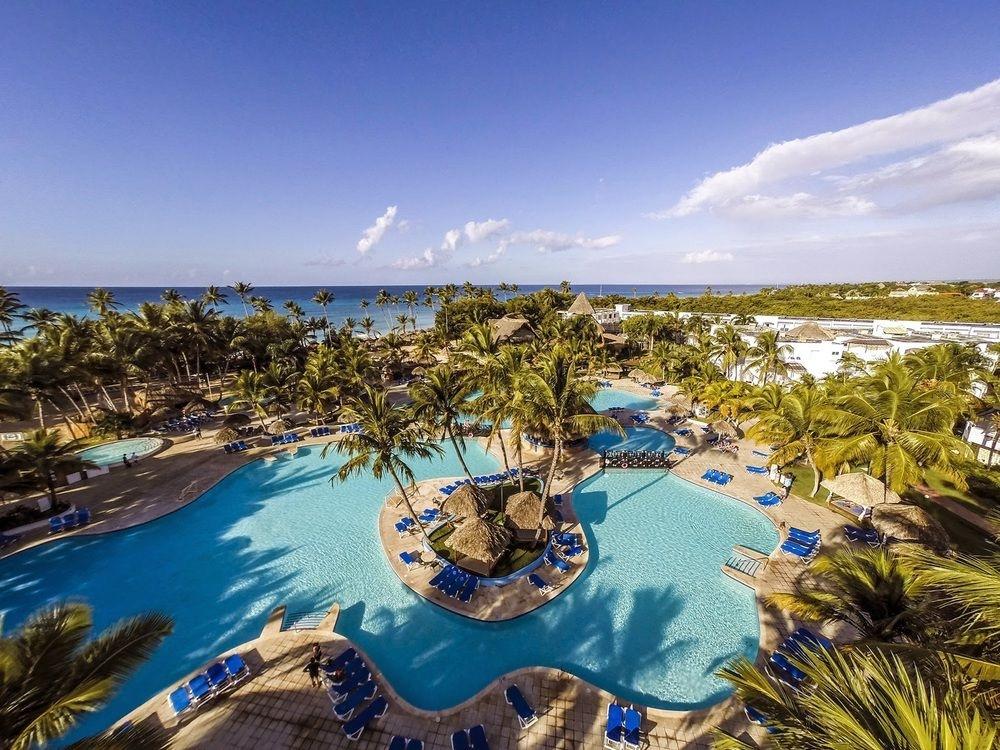Be Live Canoa Lagoon Pool