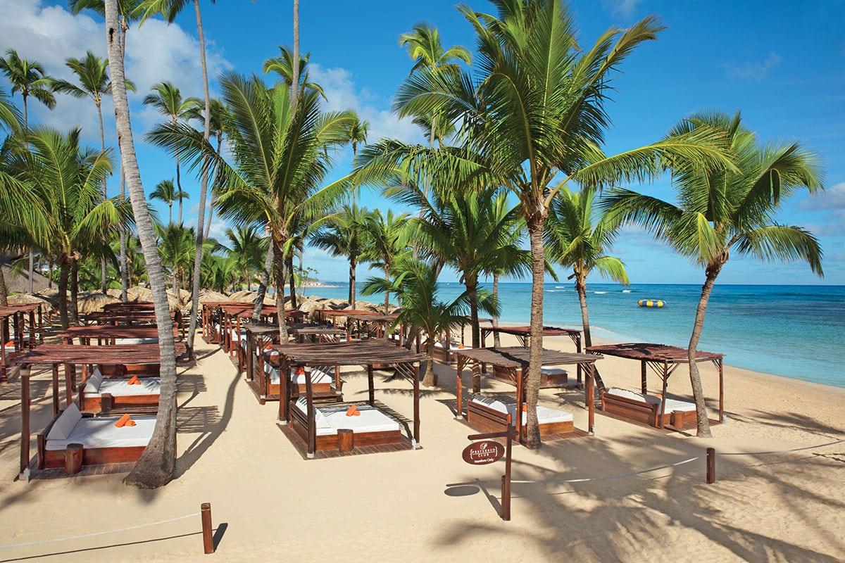 Dreams Punta Cana VIP Beach Lounge