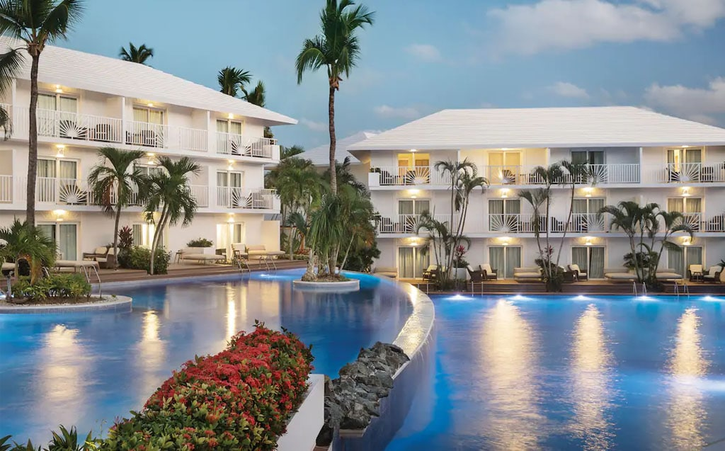 Swim-out suites at Excellence Punta Cana
