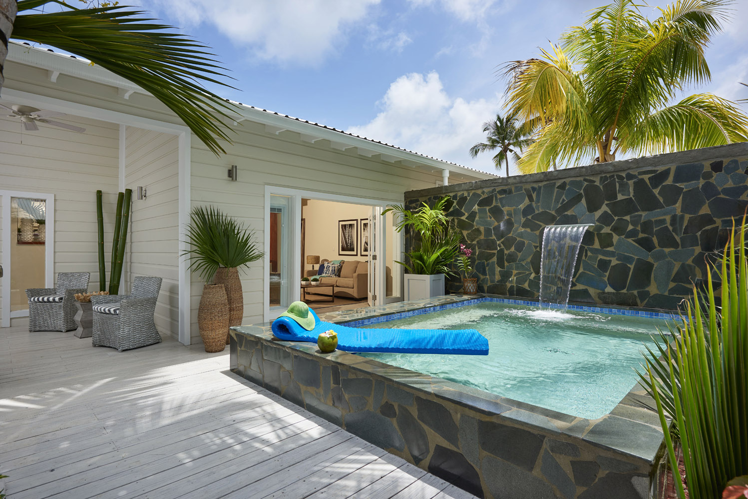 Serenity at Coconut Bay Grande Plunge Pool Suite