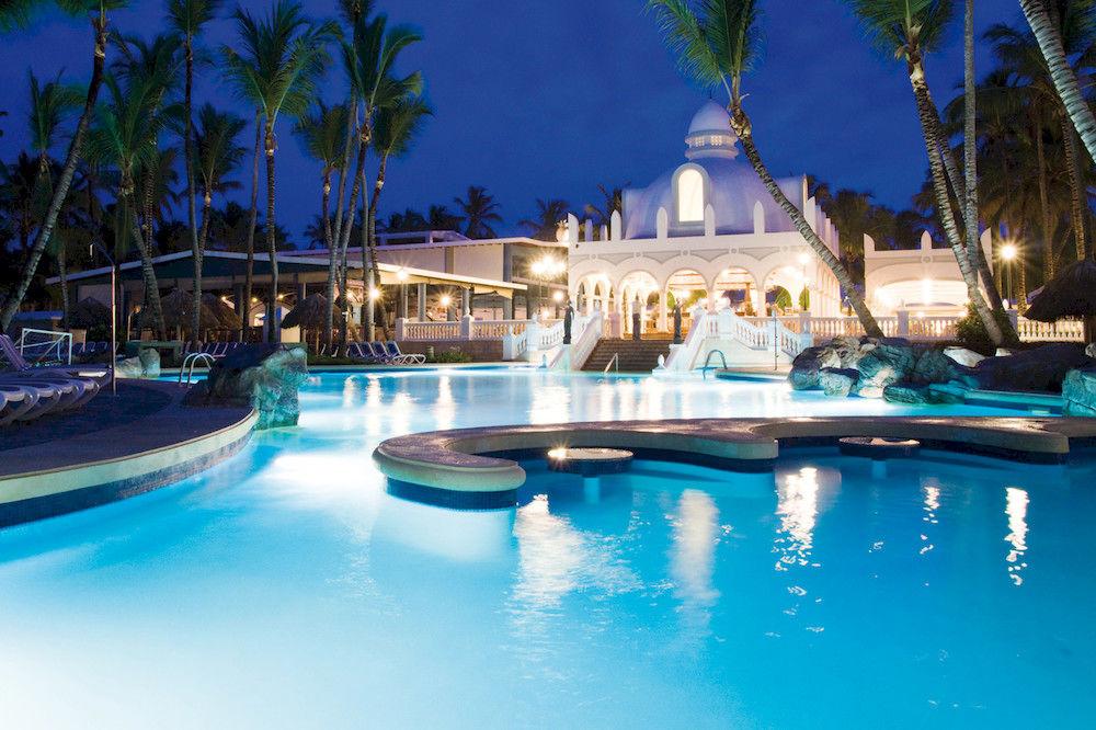 The pool at Hotel Riu Bambu