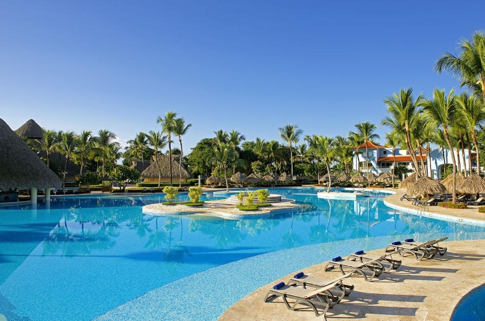Iberostar Hacienda Dominicus pool