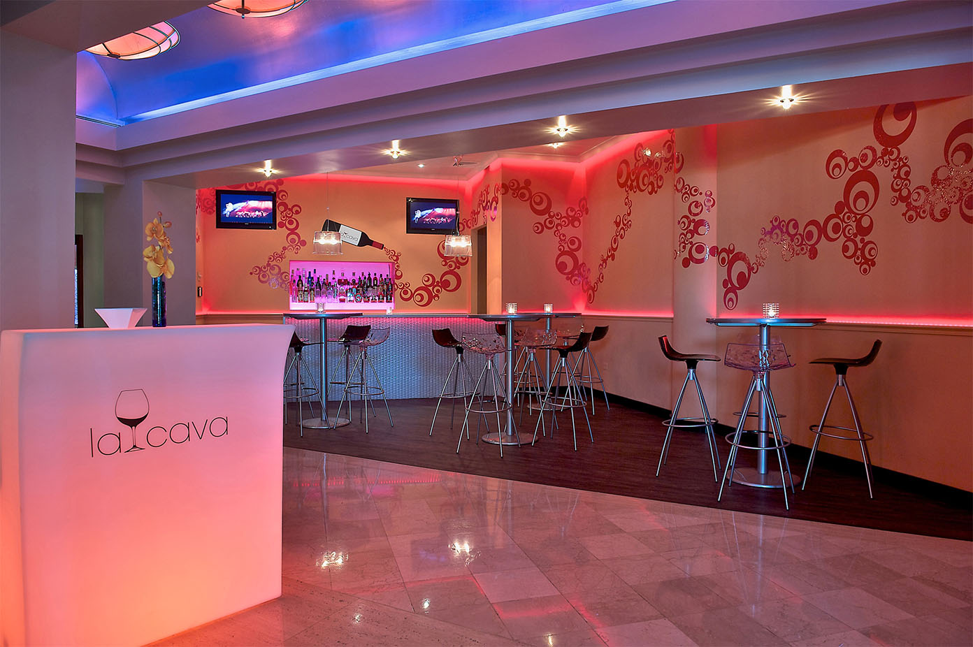 La Cava at Hilton Ponce
