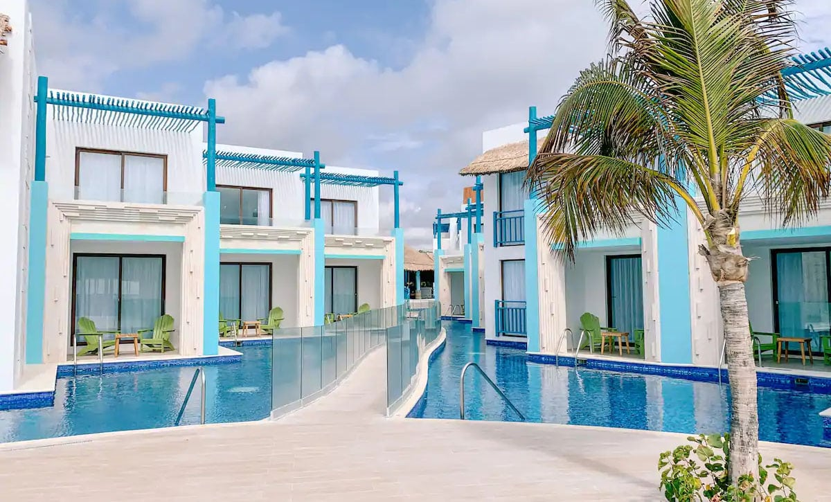 Margaritaville Cancun Swim Up Suite