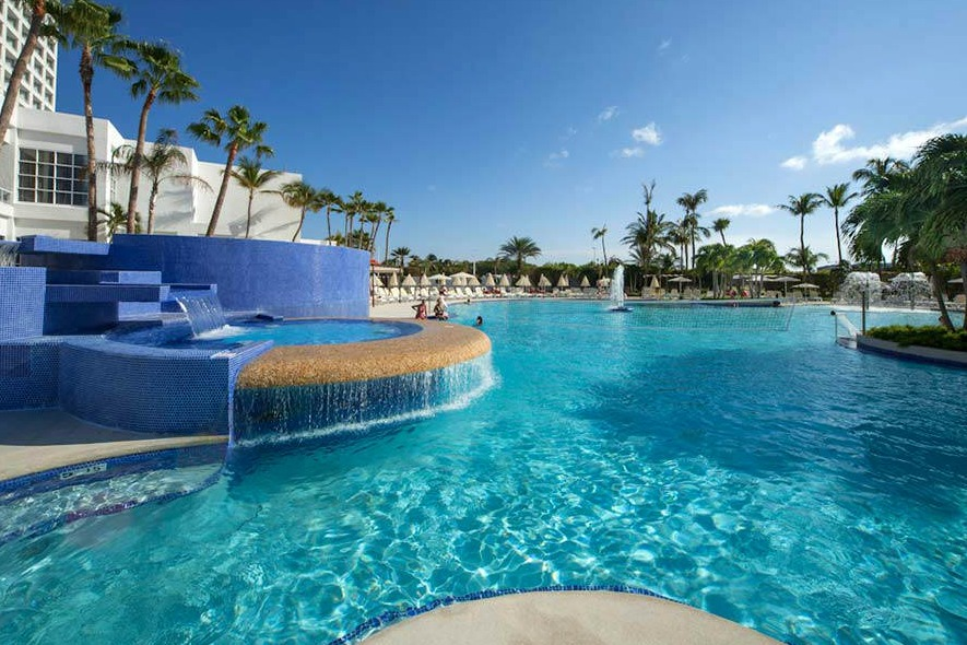 Riu Palace Antillas Pool