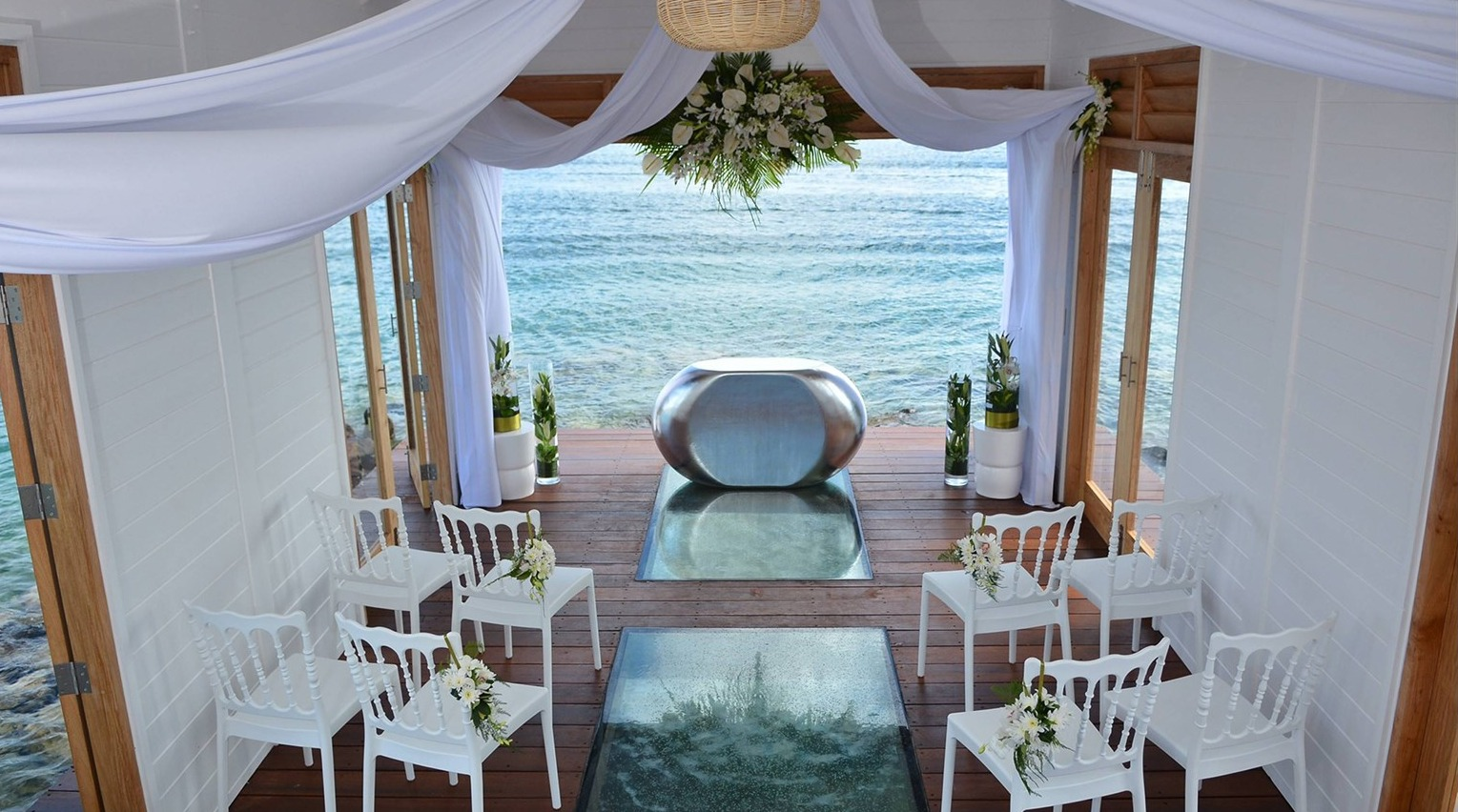 Sandals Debuts Overwater Wedding Chapel In St Lucia