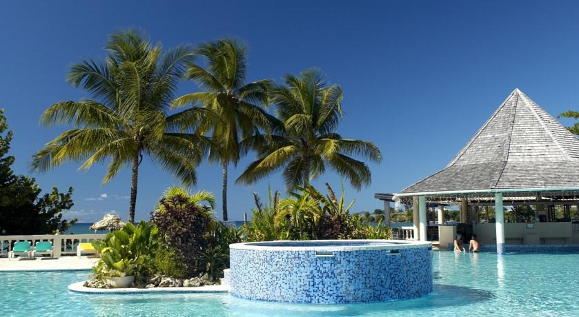 Turtle Beach Tobago Oceanfront Pool