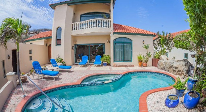 Villa with private pool at Tierra del Sol Aruba
