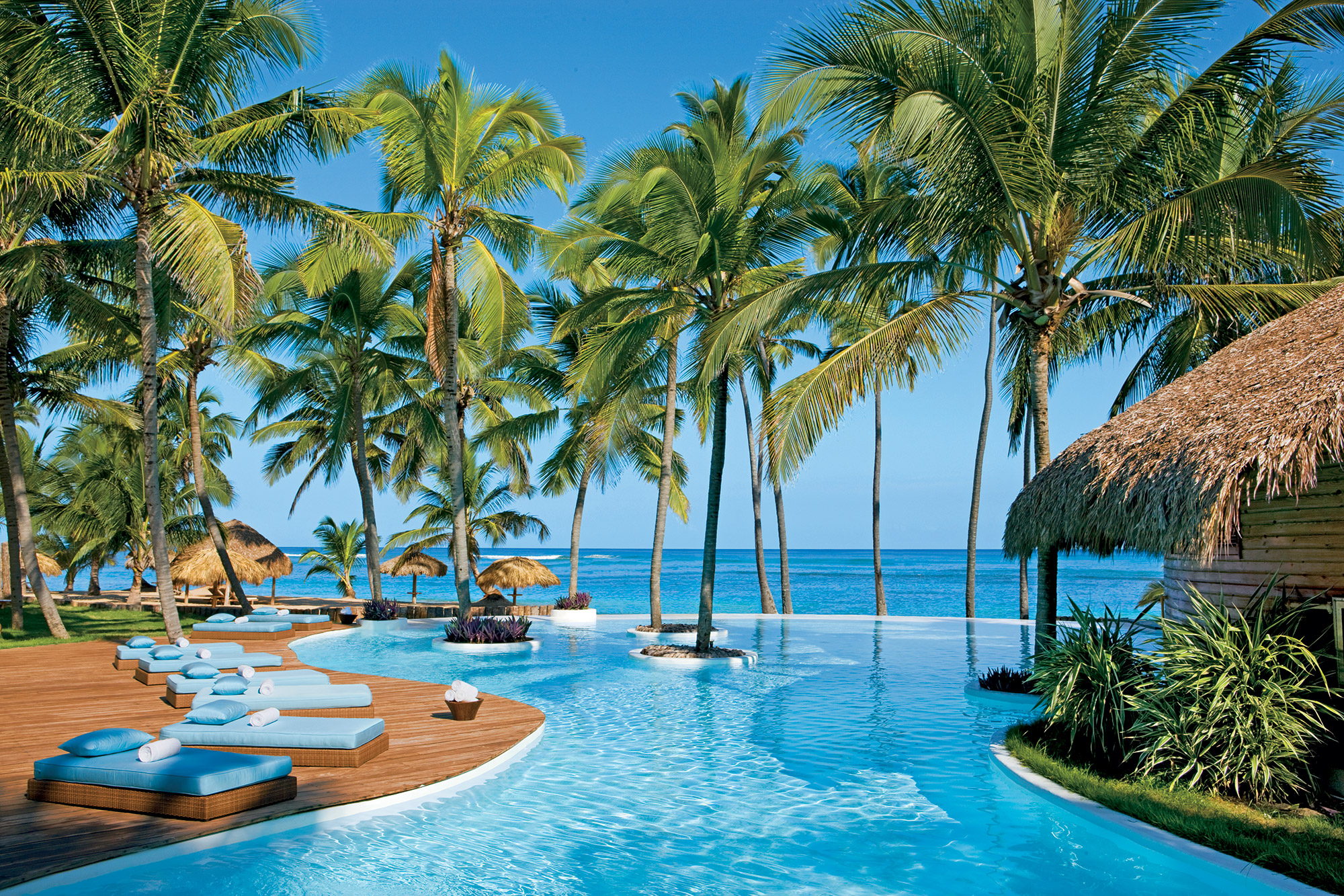 Infinity pool at zoetry agua punta cana the all inclusive