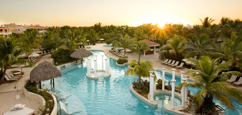 Pool at Melia Caribe Tropical